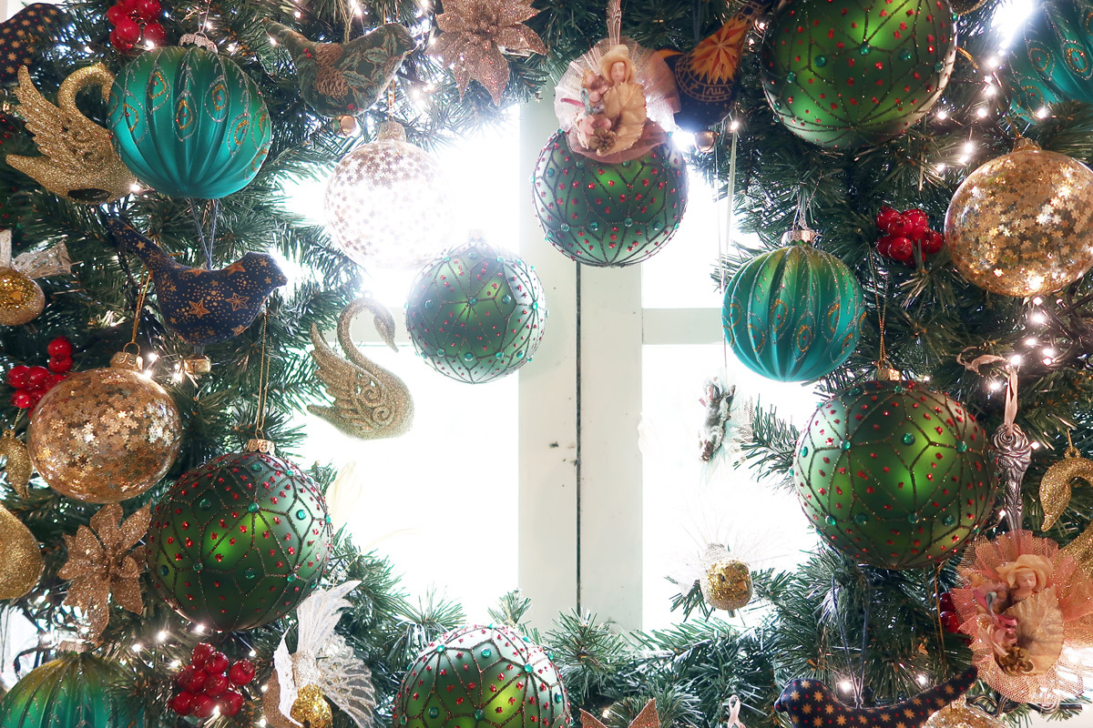 galerie-katinka-krans-kerst-wreath-christmas-christmasball-kerstbal-swan-seahorse-fairytale-1